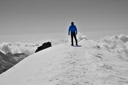 Dennis posiert am Gipfel