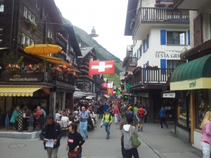 Zermatt hübsch geschmückt