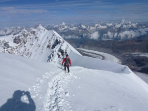 Das ganze Walliser Panorama zu Füßen
