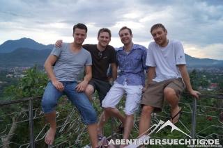 Unsere Truppe auf Mount Phousi