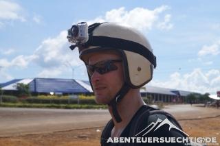 Dennis und die Helmkamera sind bereit für den Dirt-Track