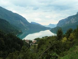 Der Ausblick auf Molveno und den Molvenosee