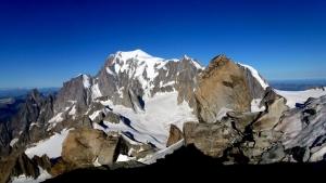 Selbst aus der Ferne ist der Mont Blanc mehr als nur eindrucksvoll.