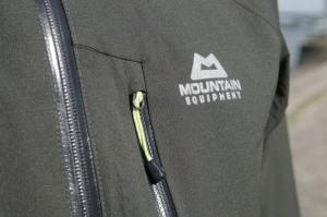 Brusttasche für schnellen Zugriff auf Kleinigkeiten