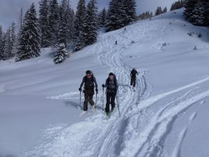 Max und Johanna während ihrer ersten gemeinsamen Skitour