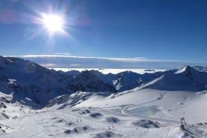 Wolkeninseln am SportScheck Gletscher Testival