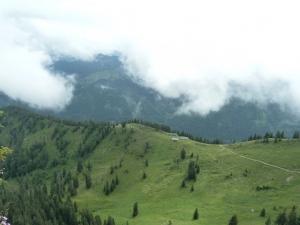 Und auch der Blick ins Tal sieht wieder freundlicher aus