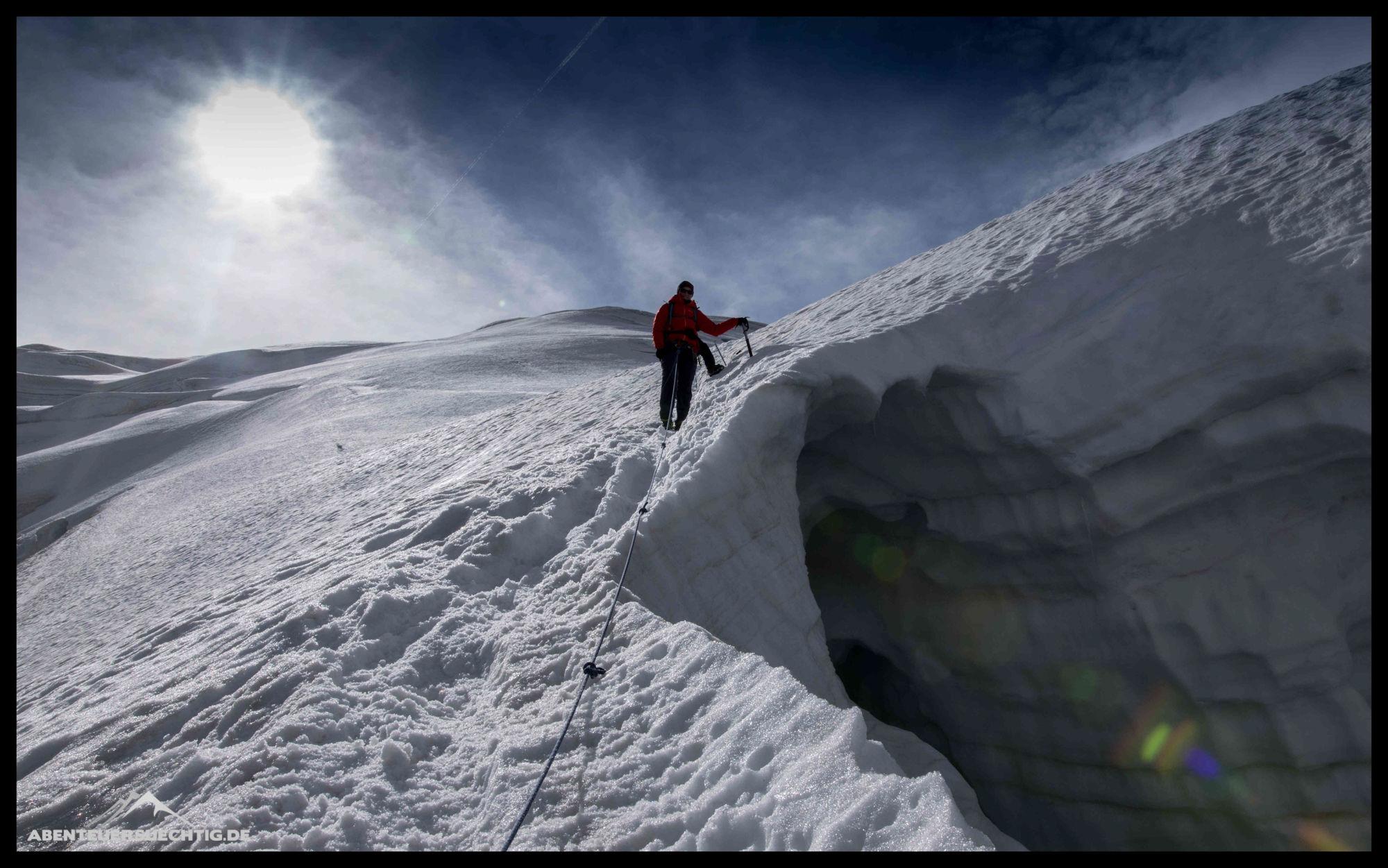 Klettergurt Aus Seil Machen : Klettergurte Übergabe von einem seil für einen hochseilgarten